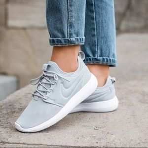 Roshe One Sneakers
